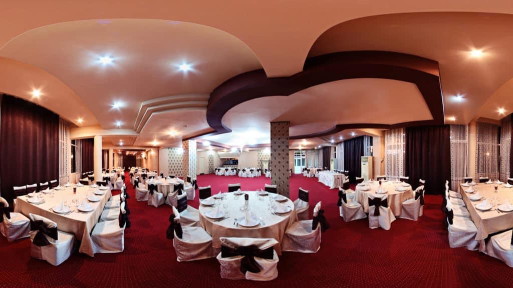 interior-restaurant-dacia